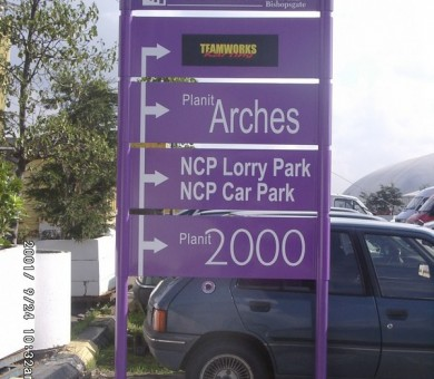 Metal Directional Signs